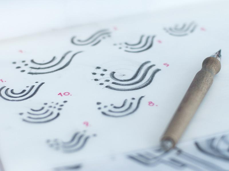 swiftybeaver logo sketches tubikstudio design