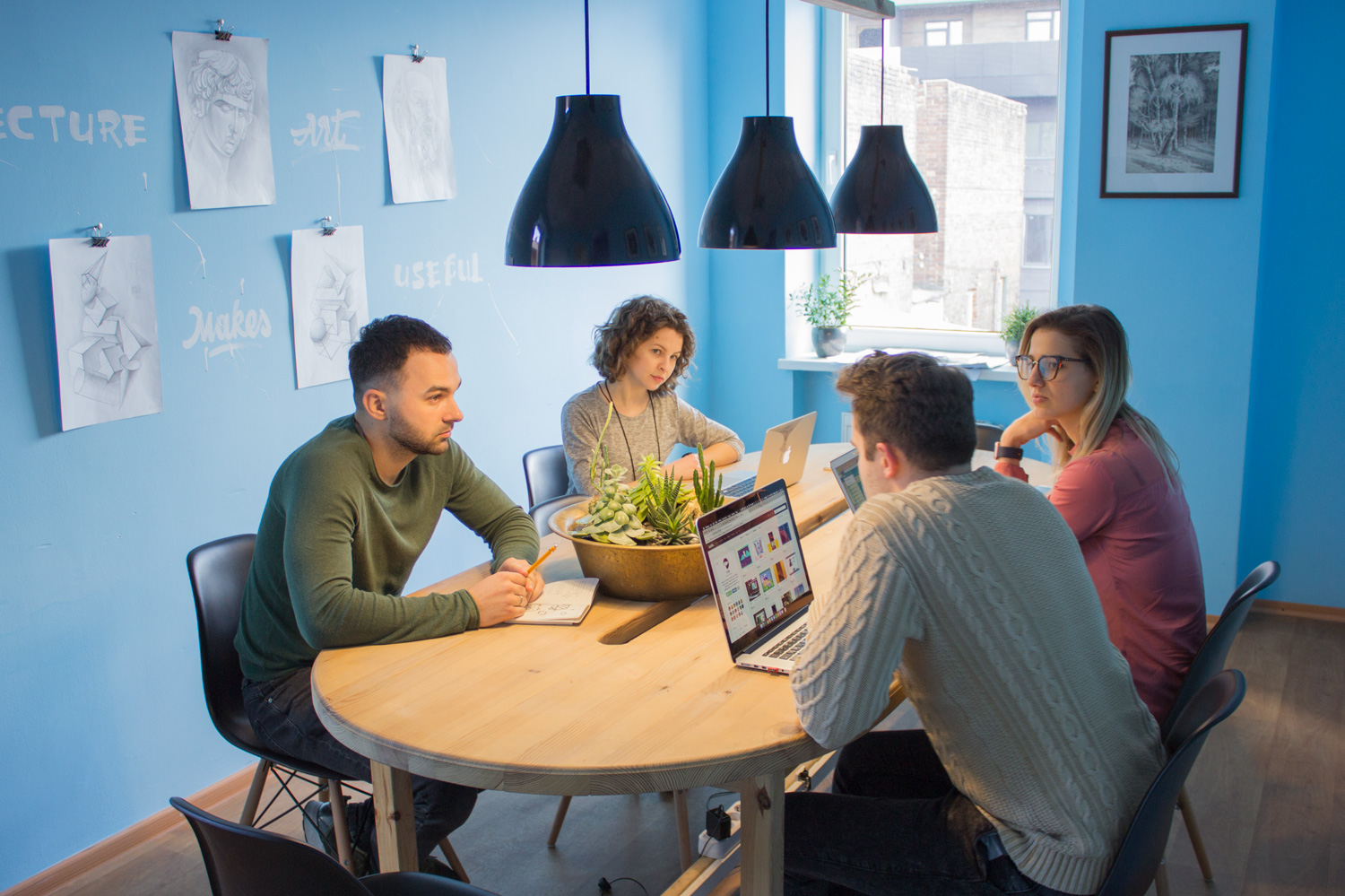 Helpful Tips on Effective Teamwork in Digital Agency